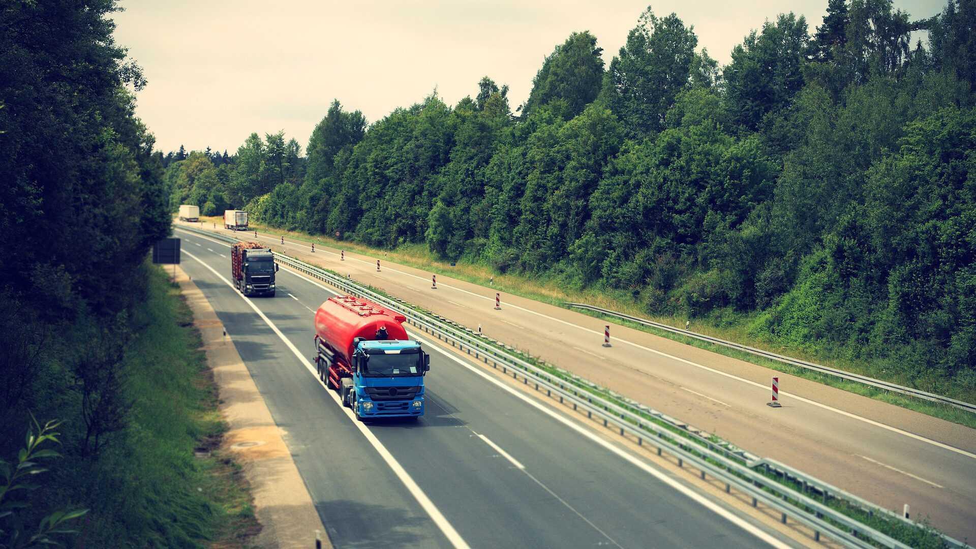 Inhaalverbod voor vrachtwagens