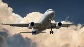 Vlaamse Overheid neemt vijf keer per werkdag het vliegtuig