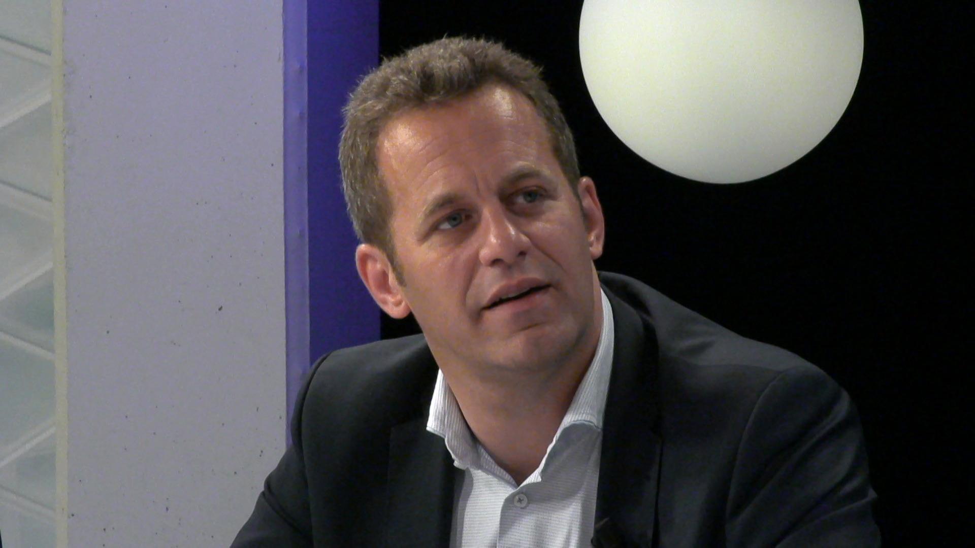 """#spraakmakers: """"Foute keuze om digitale meter niet aan iedereen aan te bieden"""" - Robrecht Bothuyne"""