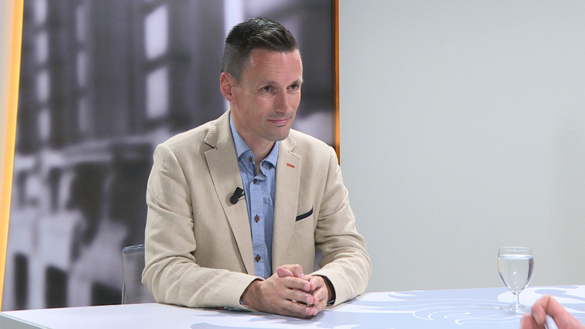 Studio Vlaams Parlement: Björn Anseeuw over WoninGent