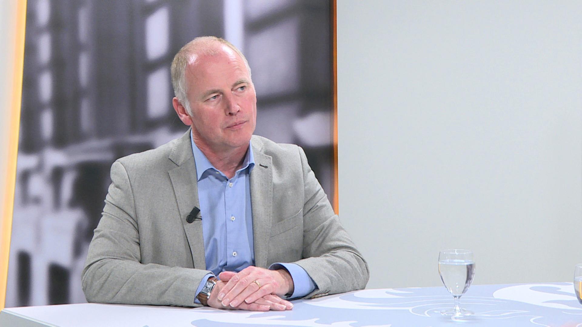 Studio Vlaams Parlement: Marino Keulen over de inspraak van lokale besturen bij De Lijn