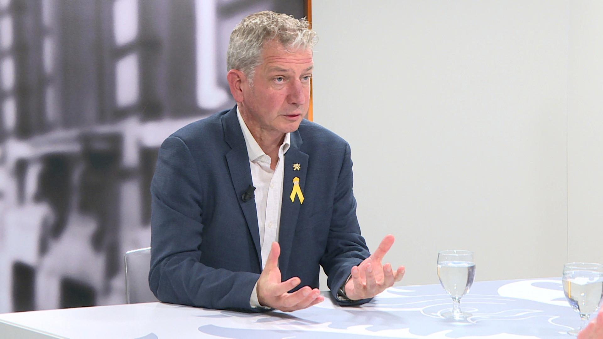 Studio Vlaams Parlement: Jan Van Esbroeck over de diplomatieke rel tussen Spanje en Vlaanderen