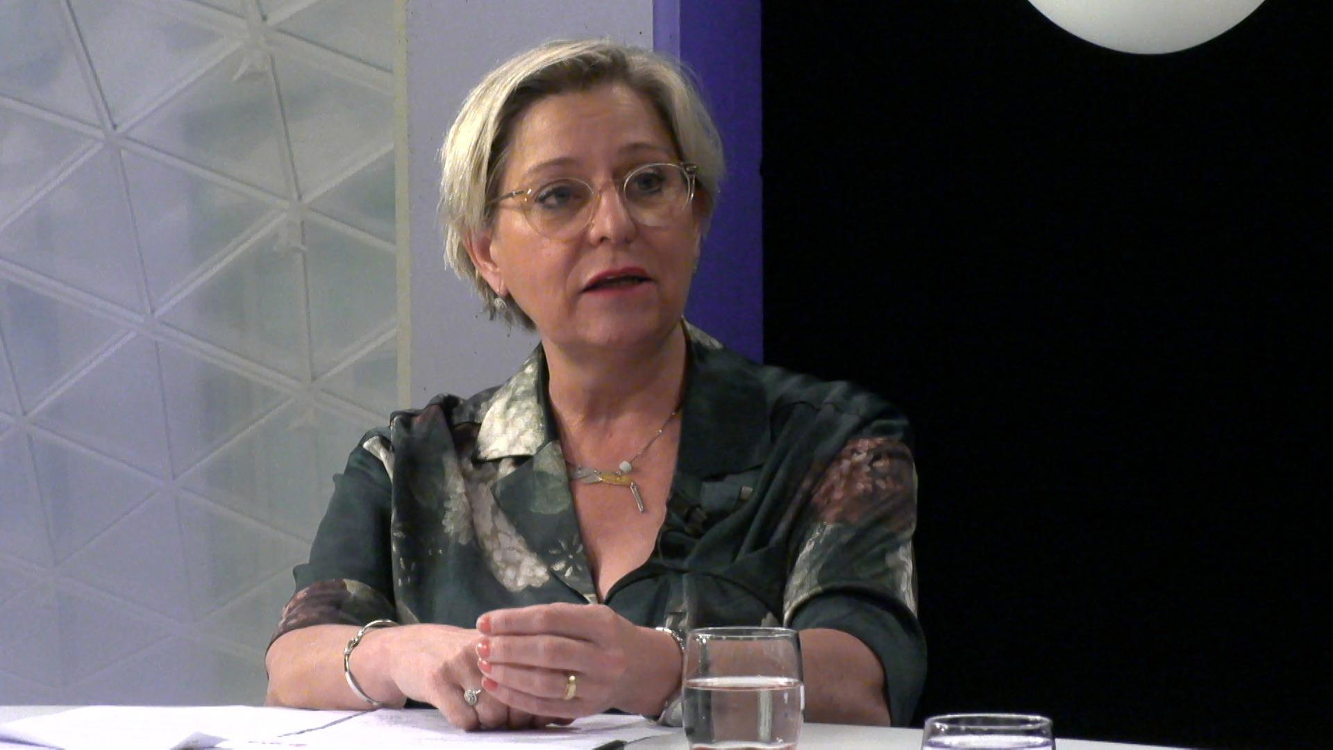 """#spraakmakers: """"Alle radio's zijn illegaal bezig"""" - Katia Segers"""