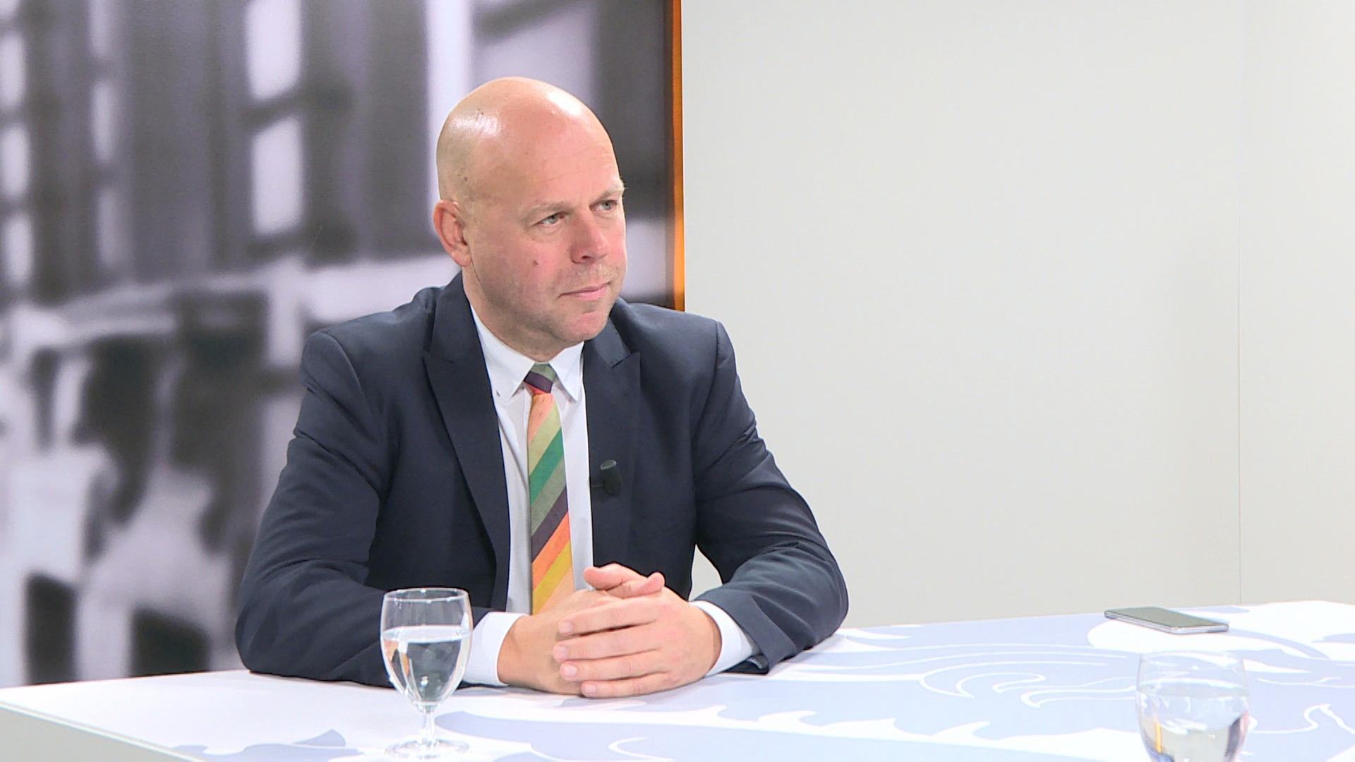 Studio Vlaams Parlement: Kurt De Loor over de Oost-Vlaamse provinciegouverneur
