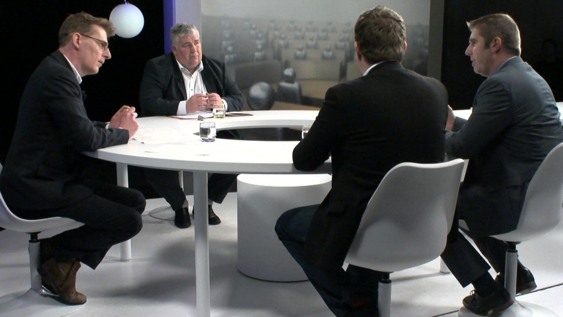 Het Debat: Voetbalschandaal - Joris Poschet (CD&V), Peter Wouters (N-VA) en Bert Moyaers (sp.a)