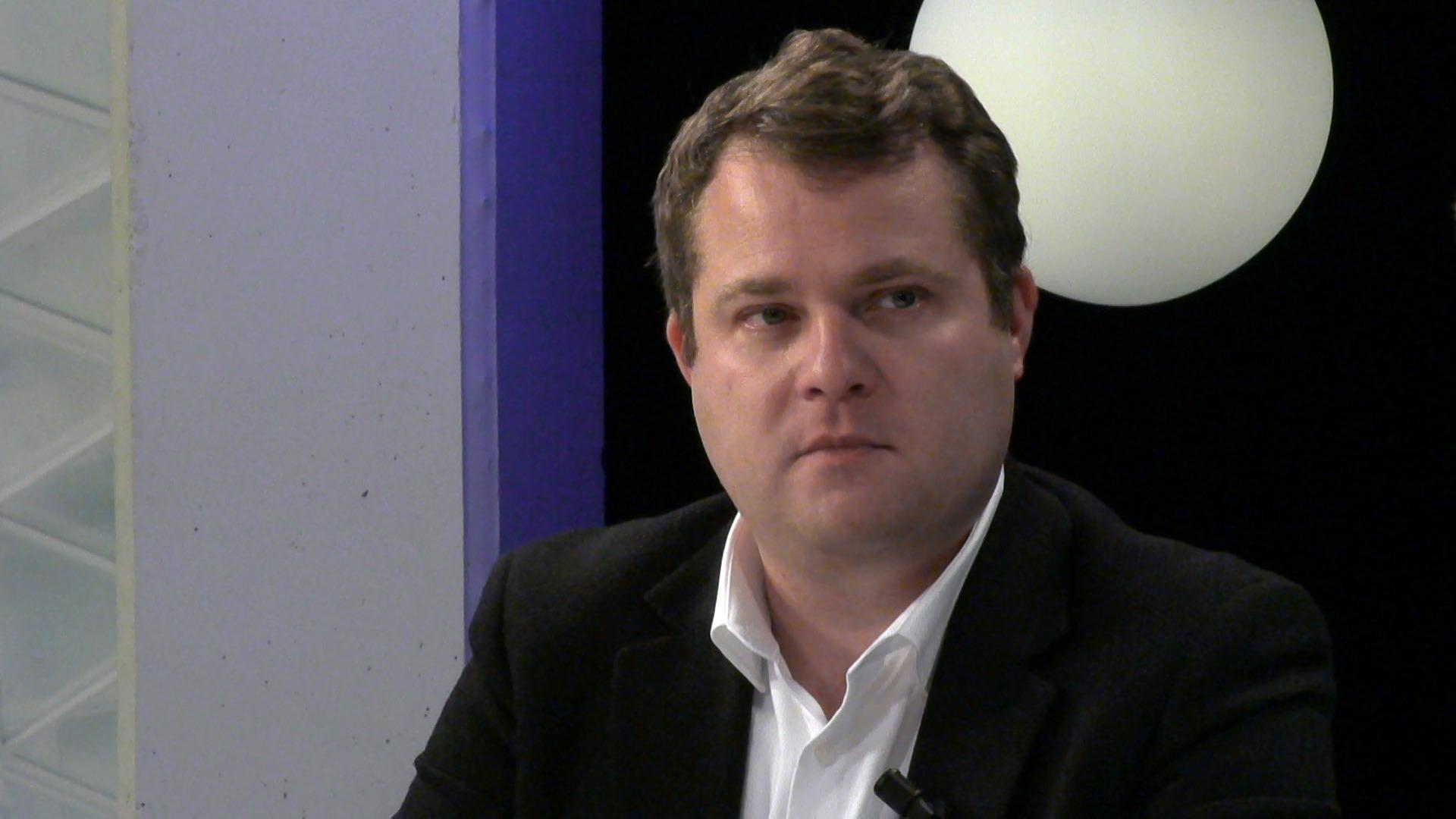 """#spraakmakers: """"Het moet op Europees niveau gebeuren"""" - Joris Poschet"""