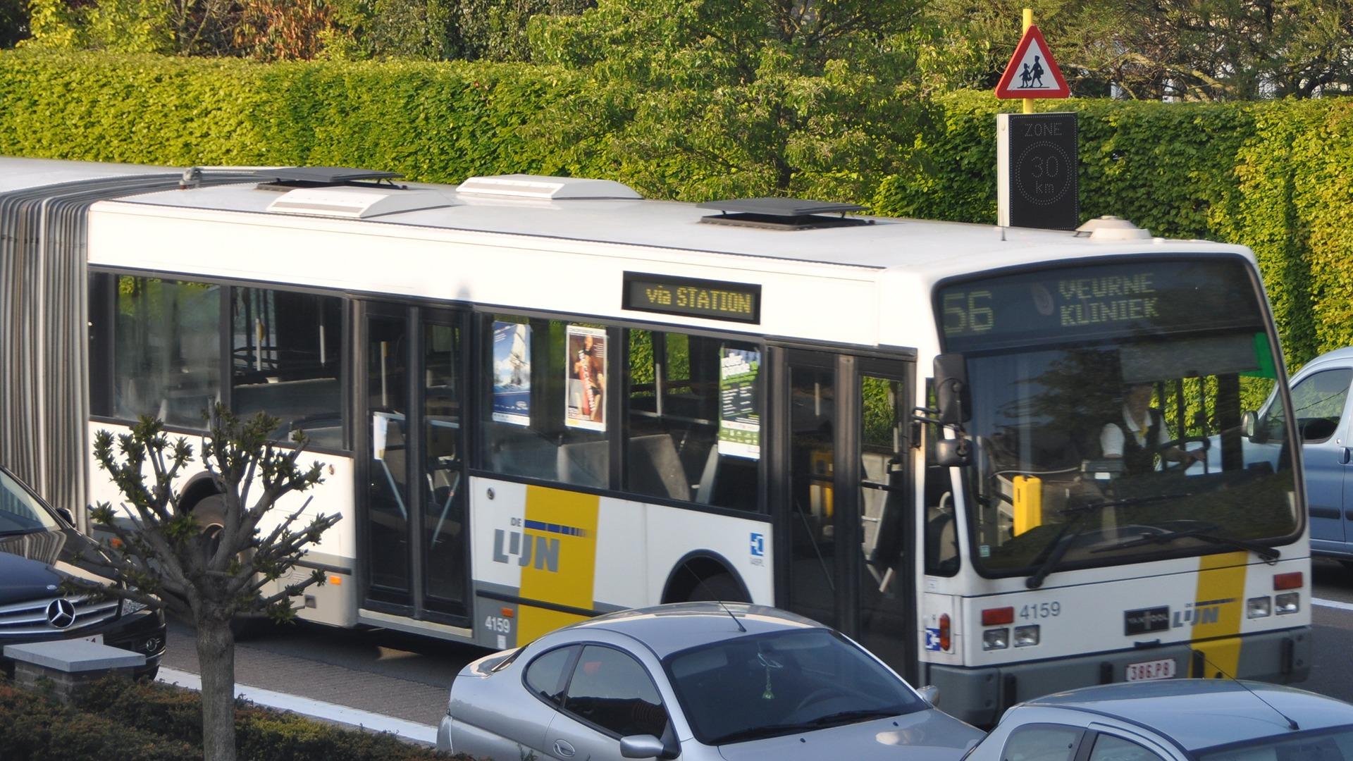 Gokreclame op bussen van De Lijn