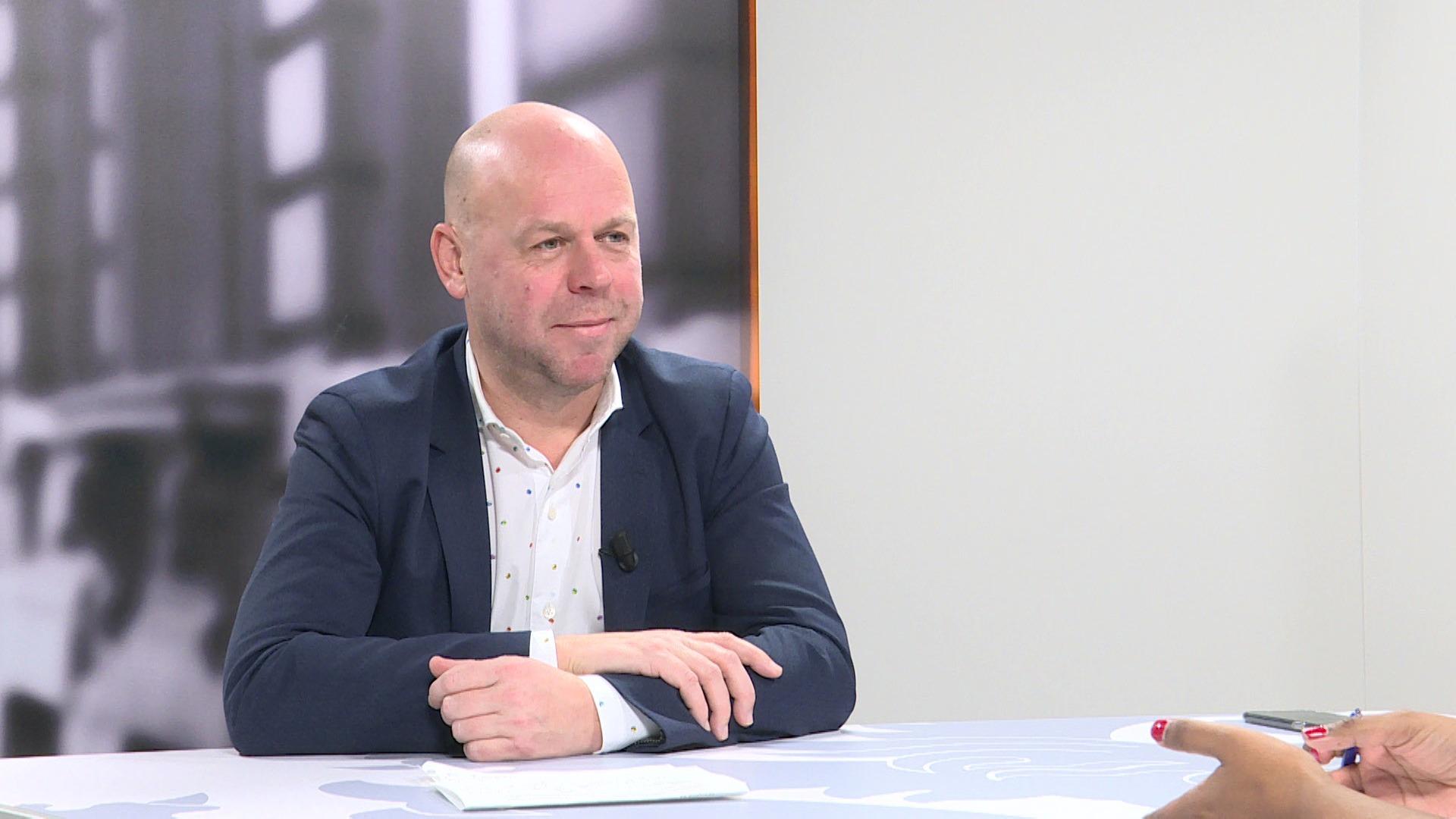 Studio Commissie: Kurt De Loor over de installatie van nieuwe gemeenteraden