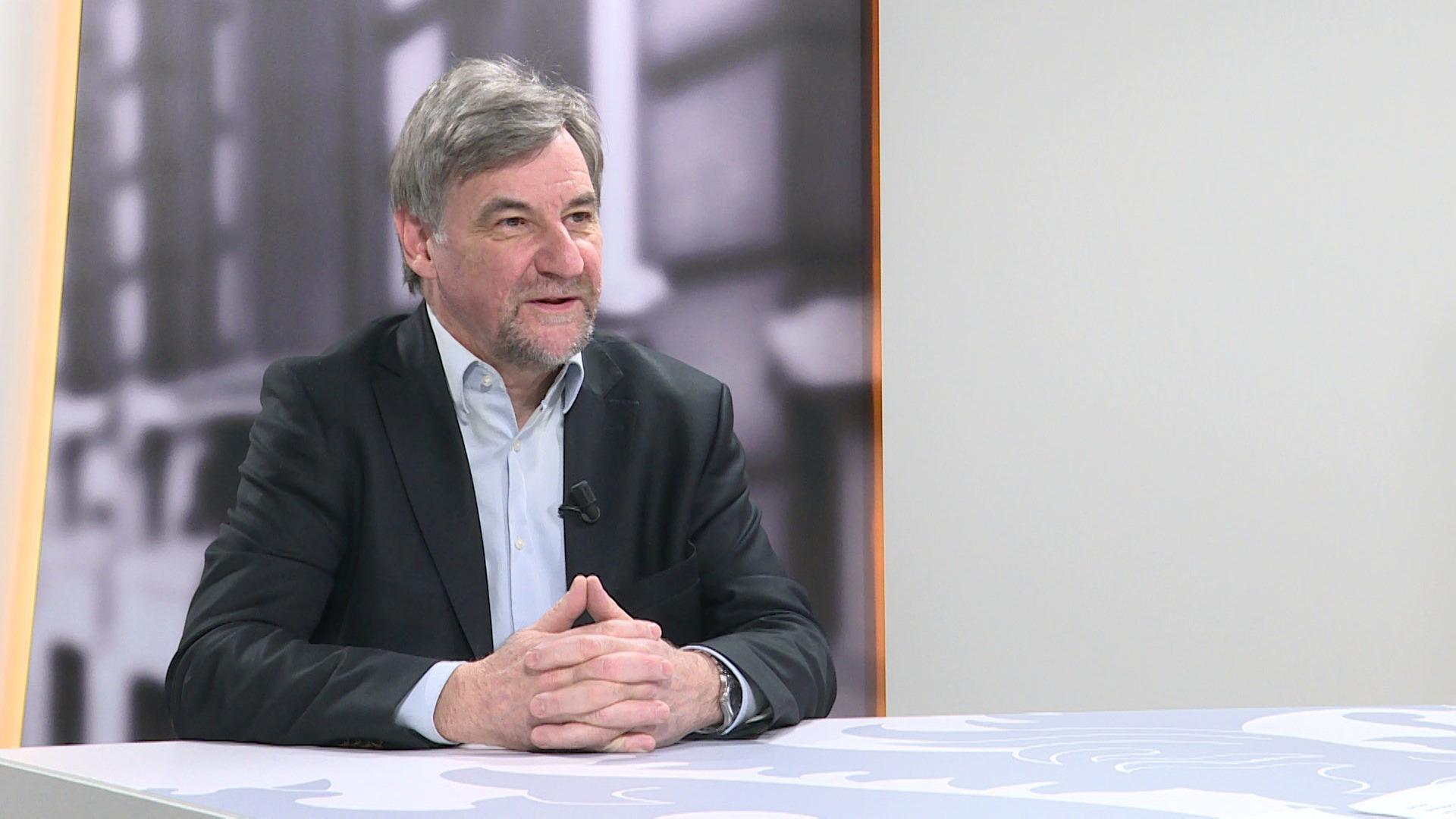 Studio Commissie: Wilfried Vandaele over het teveel aan mest in de Vlaamse rivieren