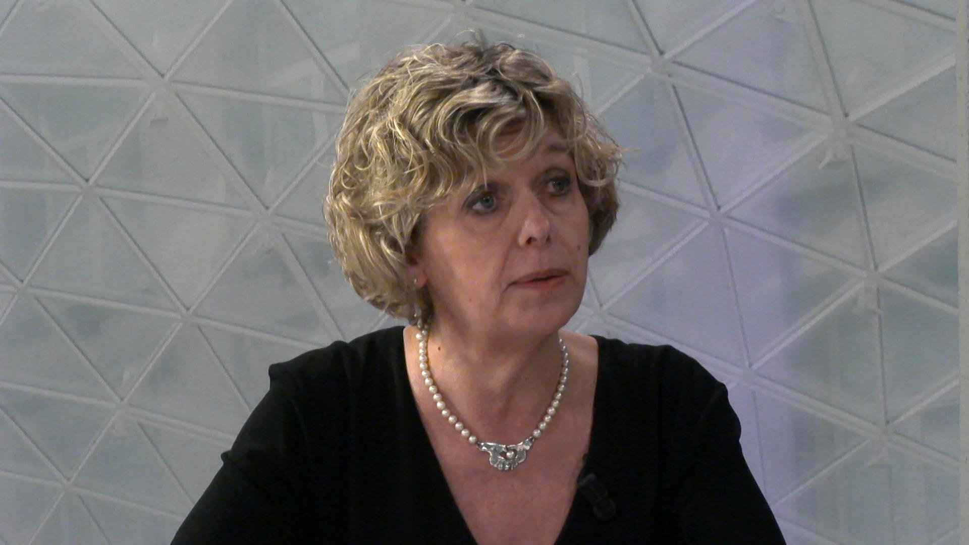 """#spraakmakers: """"We moeten jongeren ook groeikansen geven"""" - Katrien Schryvers"""