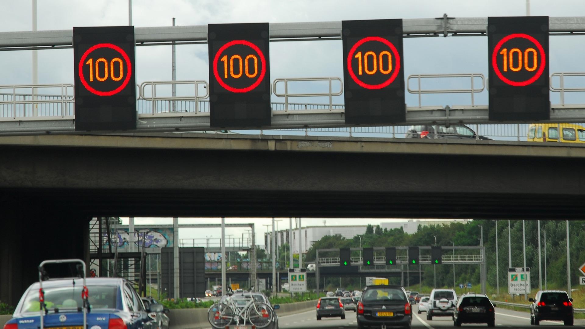 Bestuurders negeren dynamische snelwegborden