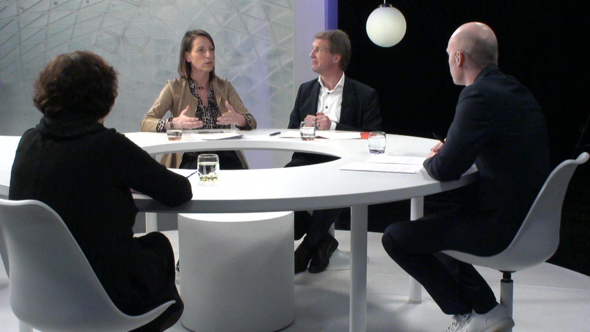 Het Debat: Alcoholmisbruik - Vera Jans, Jan Bertels en Marijs Geirnaert