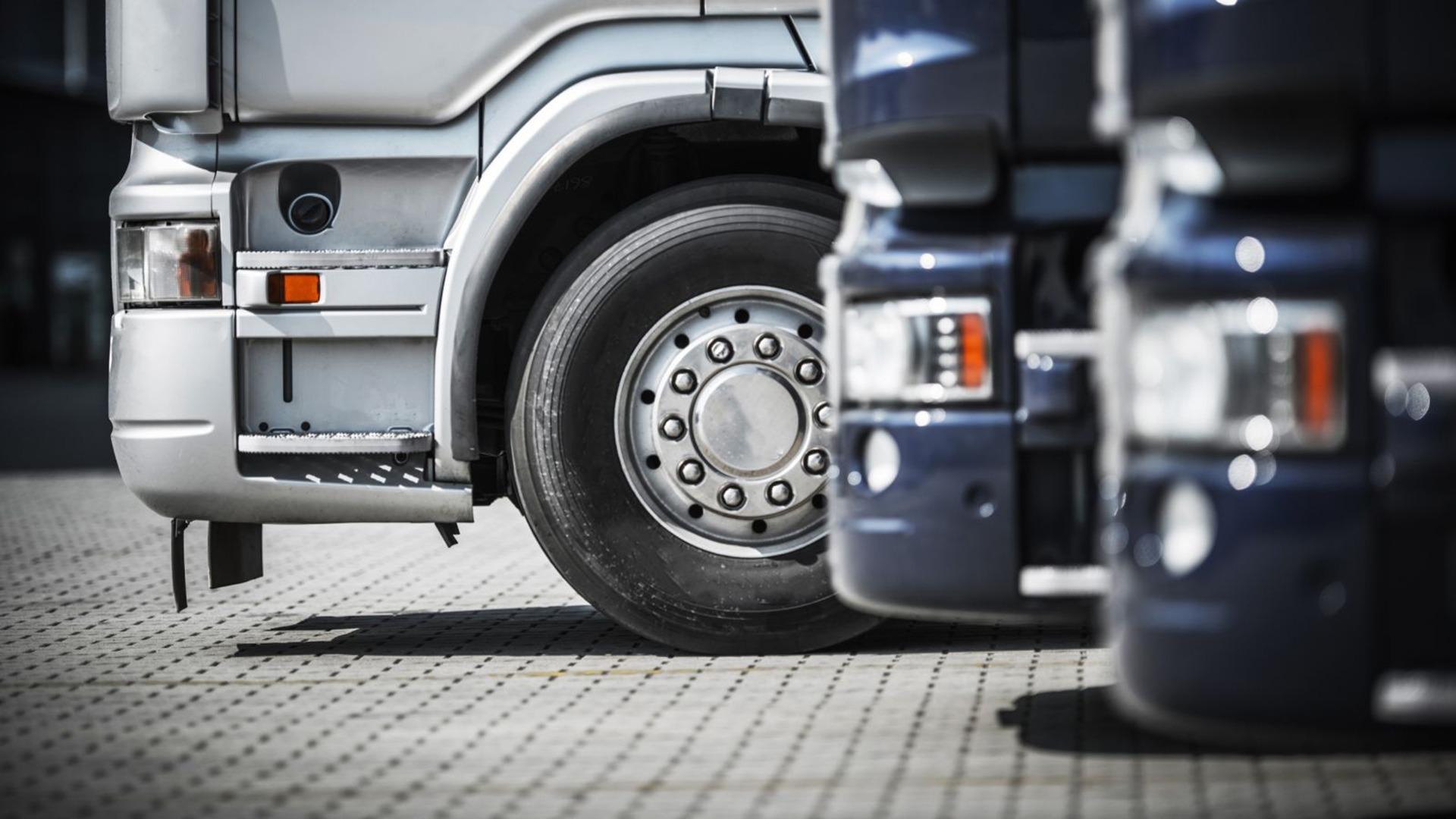 Jean-Marie Dedecker dreigt met sluiting van snelwegparking in Mannenkensvere