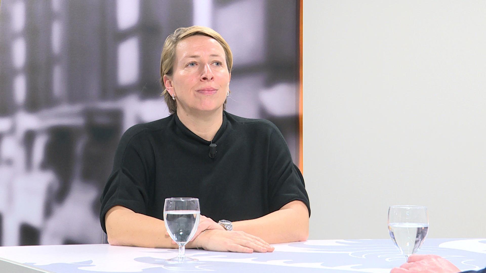 Studio Vlaams Parlement: Caroline Gennez over uitgeverijen die concerten organiseren