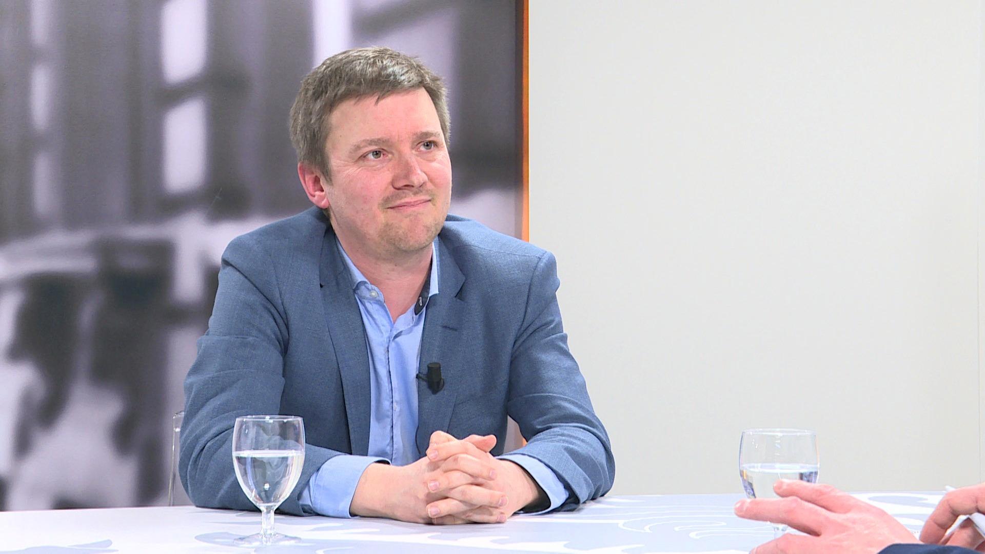 Studio Vlaams Parlement: Hermes Sanctorum over de effecten van vleesproductie op het milieu