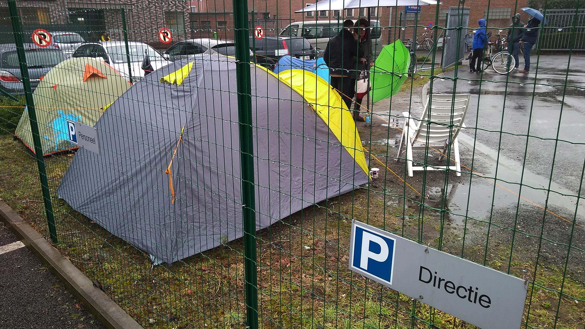 Opnieuw kamperen aan schoolpoorten