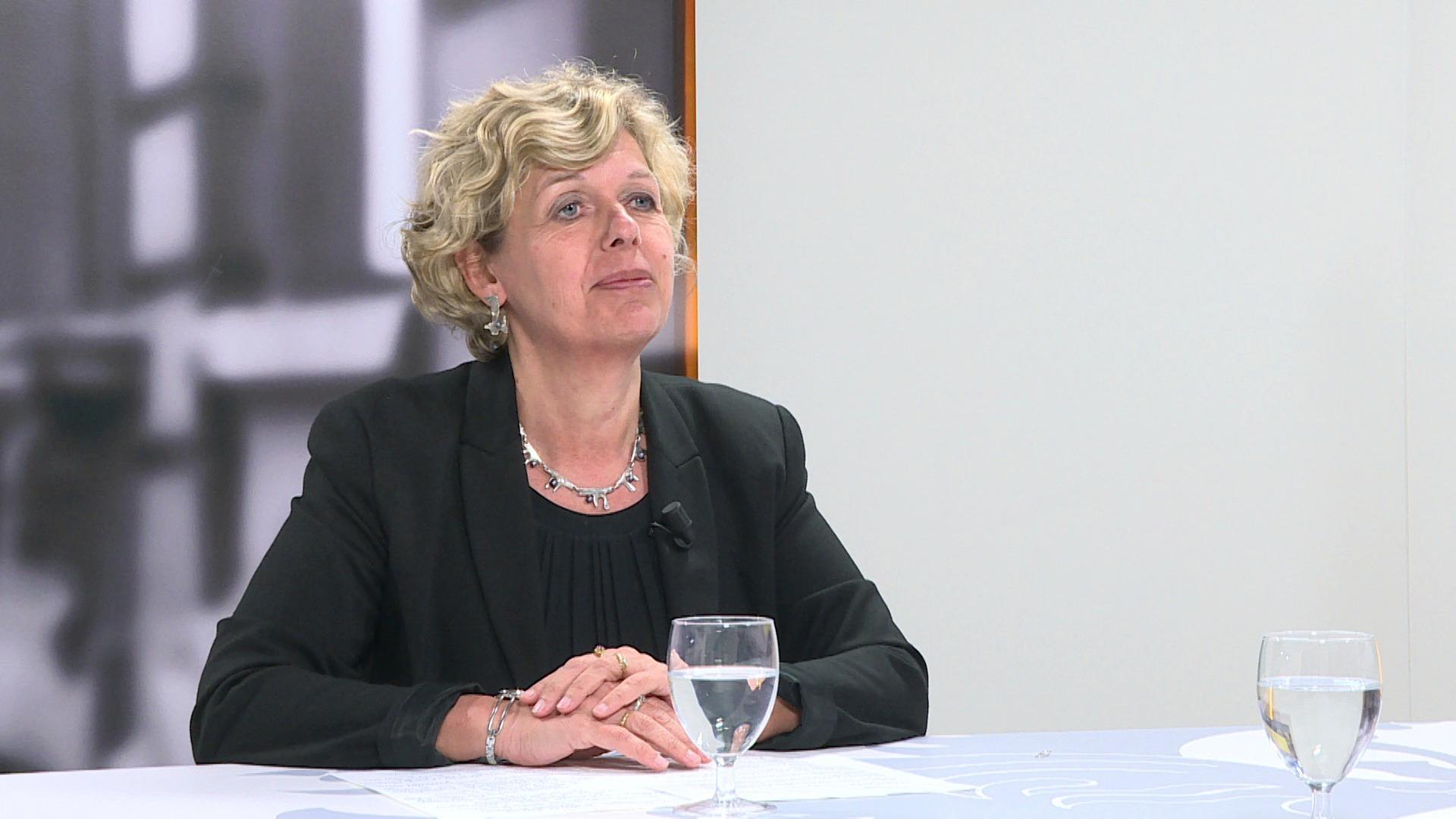 Studio Commissie: Katrien Schryvers over plaatsing van jongeren in internaten