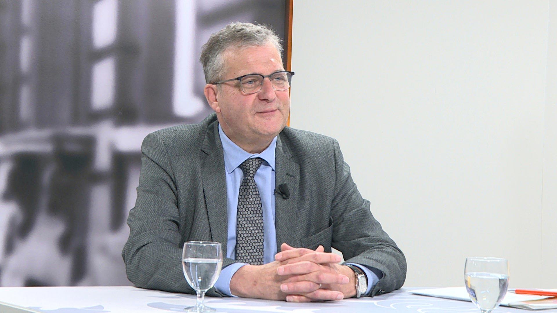 Studio Vlaams Parlement: Jos De Meyer over de algemene onderwijsstaking