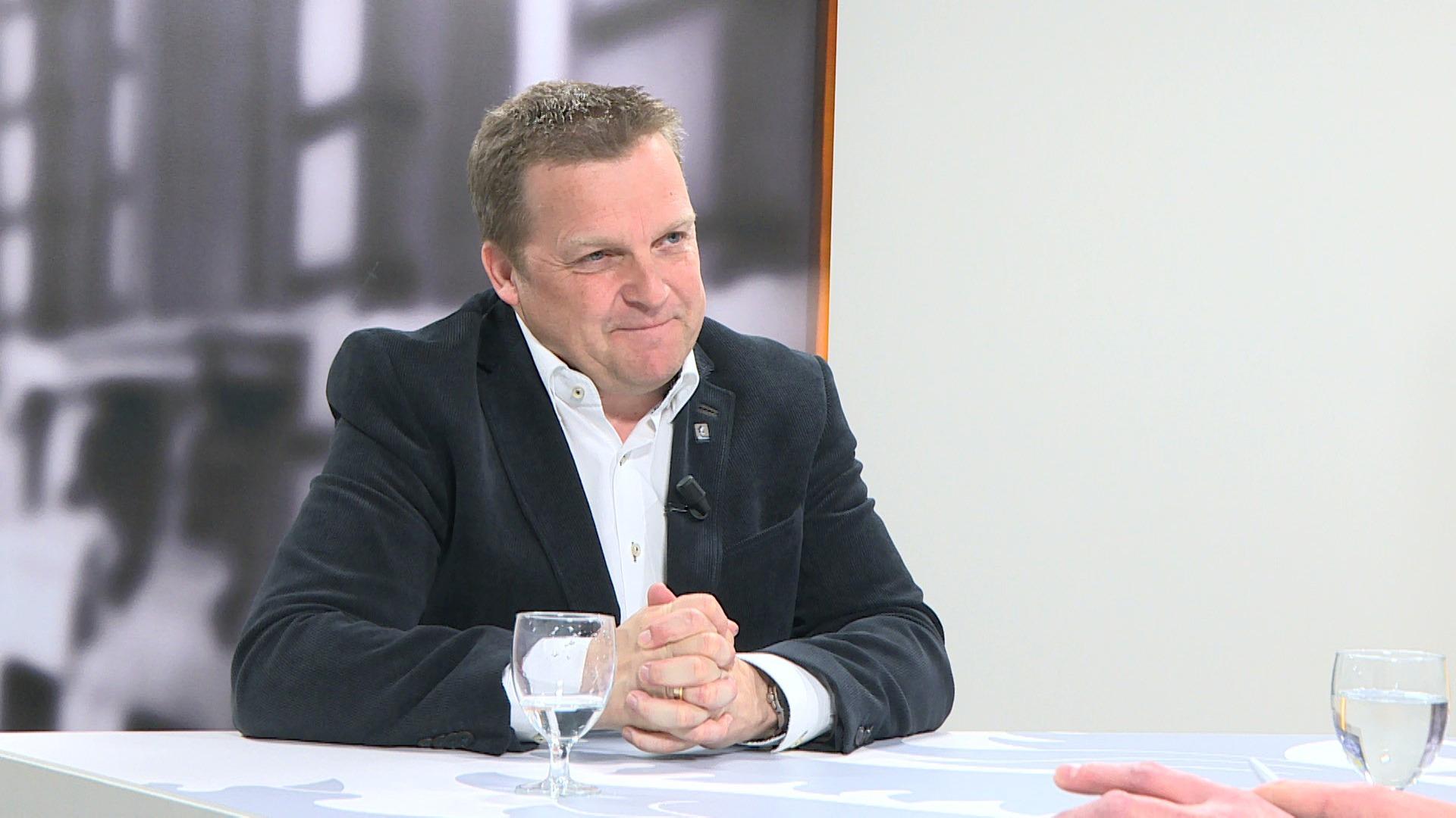 Studio Vlaams Parlement: Paul Van Miert over rekeningrijden voor personenwagens
