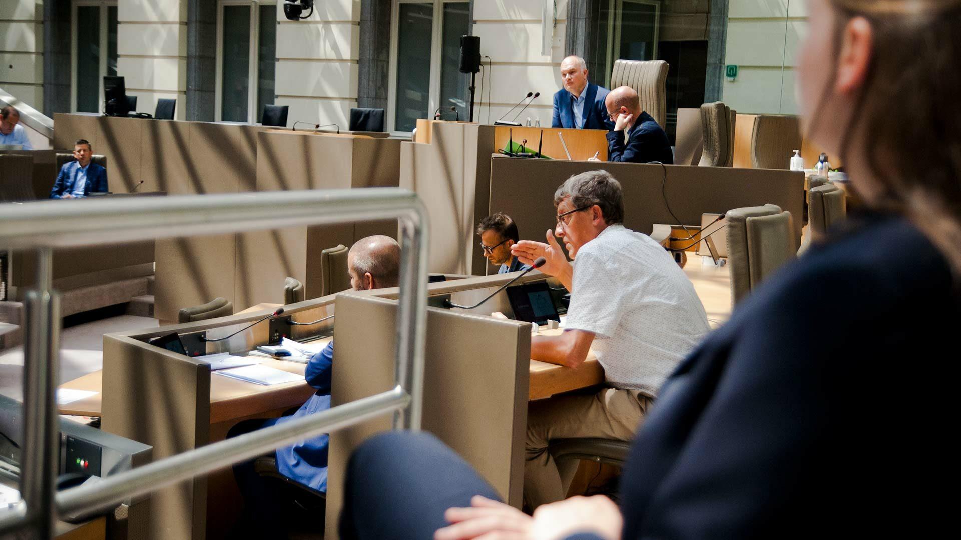Oprichting van de ad-hoccommissie over het Vlaamse coronabeleid